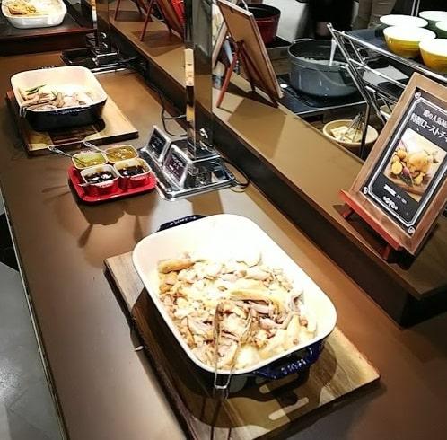 サンリオ館のレストランの料理
